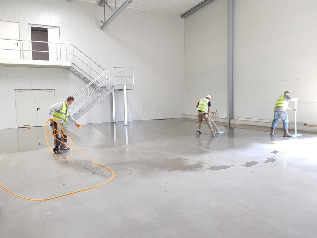 Cleaning - Commercial cleaning